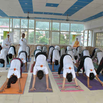 200-Hour Ashtanga, Hatha, and Vinyasa Yoga Teacher Training in Rishikesh, India