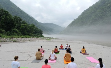 7 Days Beginners Yoga Training Programme in Rishikesh, India