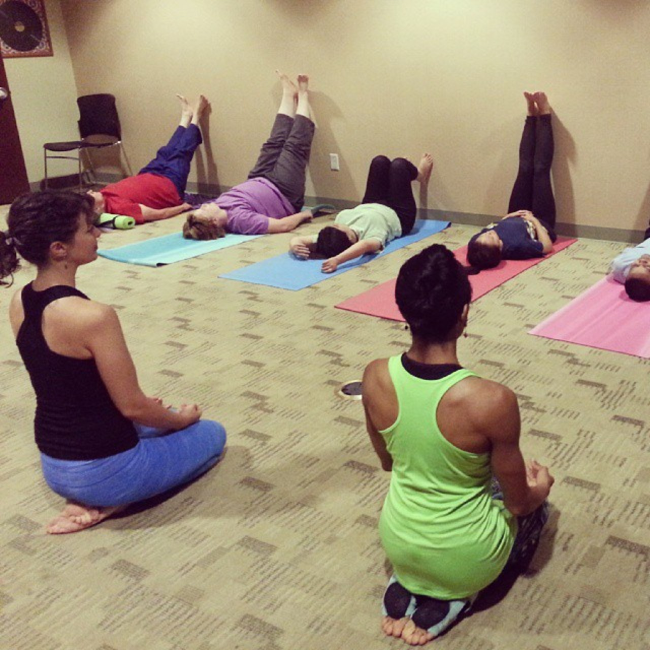 calistoga buddhist singles Our directory offers yoga, detox, and health retreats and spas for silent meditation, personal development and spiritual growth also, meeting space for groups.