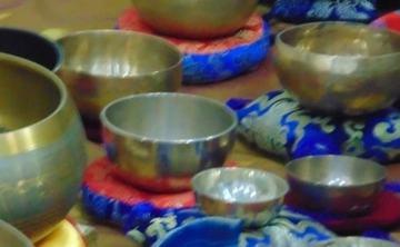 Meditation with Tibetan Singing Bowls in Romania