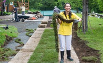 Semaine de jardinage et de Karma Yoga/Gardening Karma Yoga Week