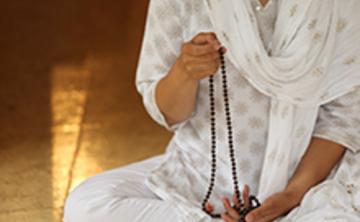 Japa Yoga : Le pouvoir de la répétition d'un mantra/Japa Yoga : The power of mantra repitition