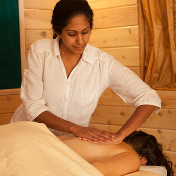Ayurvedic Massage Rejuvenation Retreat