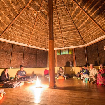 Etnikas Ayahuasca retreats in Cusco and social responsability