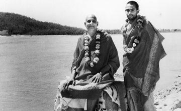 Guru Purnima: Celebrating the Guru's Life & Teachings