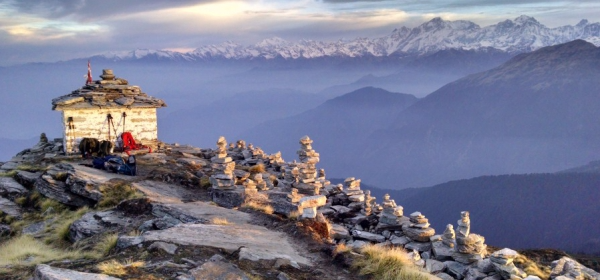 6 DAYS YOGA & TREKKING IN THE HIMALAYAS (CHOPTA)