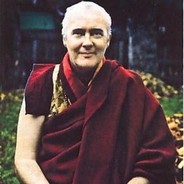Lama Namgyal Rinpoche