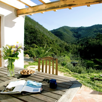 6 Day Yoga and Surf Eco-holiday in Aljezur, Portugal