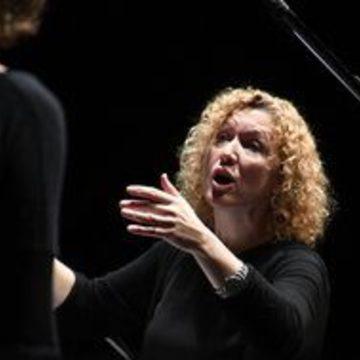 Anita Perlau