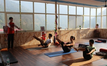 14 Days Detox and Yoga Retreat in Rishikesh, India