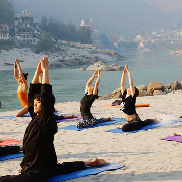 Chandra Yoga International School