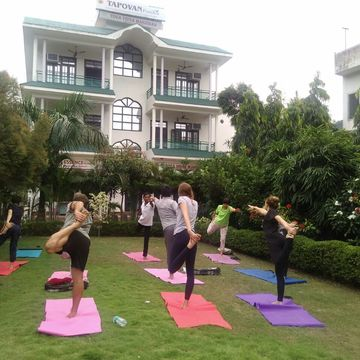200 Hour Yoga Teacher Training Course in Rishikesh on March 2018