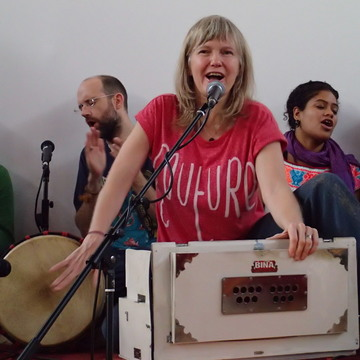 UK Kirtan Wallahs