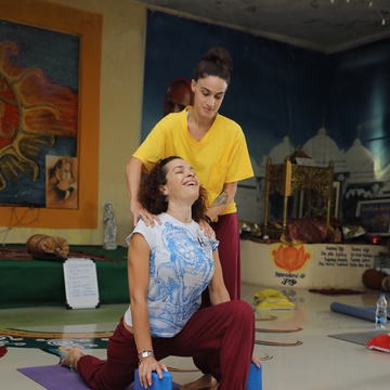 25 Days 200-Hour Yoga Therapy Teacher Training in India