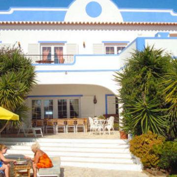 Cuatro Vientos Ayahuasca and yoga retreat in Portugal