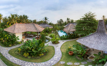 Beauty & Balance: A Yoga Retreat in Bali with Maureen Cane