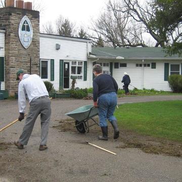 Five Oaks Volunteer Weekend