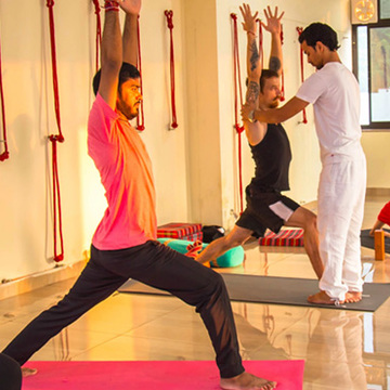 Scholarship for Free Yoga Teacher Training in Rishikesh India