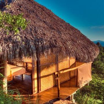 Vinyasa In Paradise – Deep Renewal & Peace at Haramara with Lesley Desaulniers
