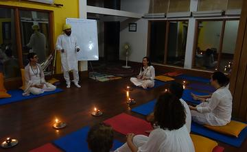 200 hours Yoga teacher training course in Rishikesh India