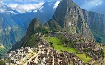 Pachamama : A Yoga Retreat Adventure and Trek to Machu Picchu