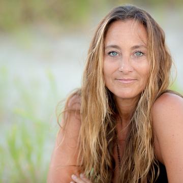 Laura Golden