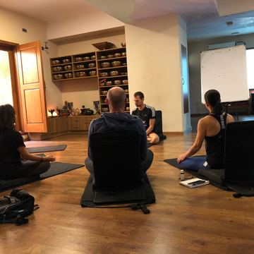 100 hours Ashtanga or Hatha  TTC (2 weeks long) room & food