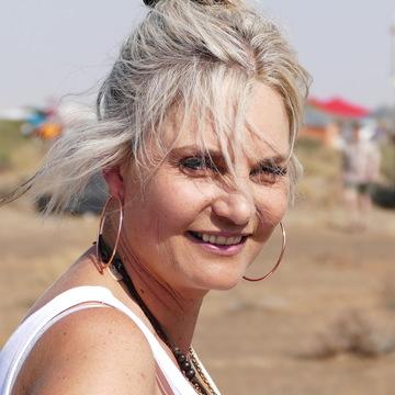 Retha Bloem