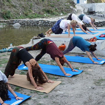 SCHOLARSHIP- 200 HOUR YOGA TEACHER TRAINING IN INDIA