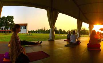 200 hr Yoga Teacher Training - HariOm International Yoga School, Cascina Bellaria(ITALY)