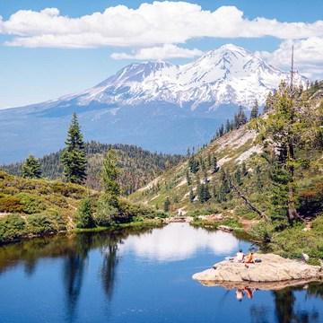 Mt. Shasta Womens Weekend Retreat