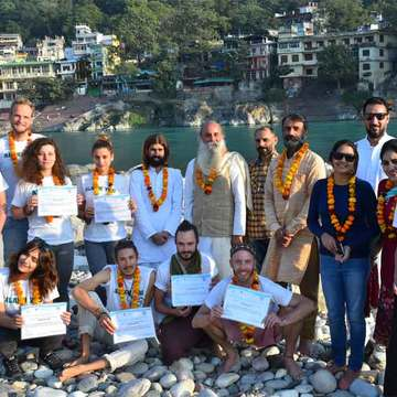 200 hours Yoga Teacher Training in Rishikesh India