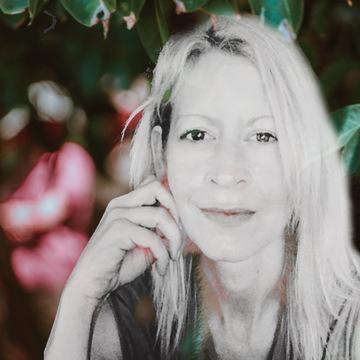 Yoga, Dream Tending, & Meditation Retreat with Julia Frodahl