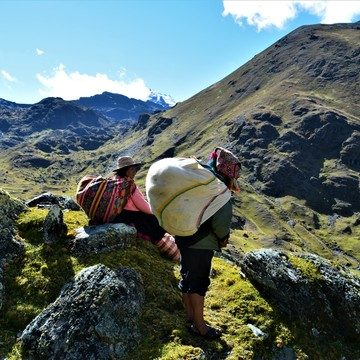 San Pedro Journey & Spiritual Trek to the Mystical Lands of the Qeros Community in Peru ✮