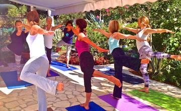 200 Hour Yoga Teacher Training - Classical, Vinyasa, Hatha Yoga