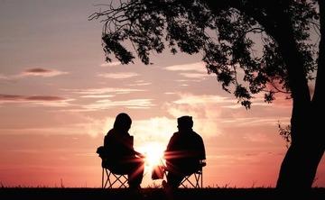 Insight Dialogue: Awakening Together Under the Bodhi Tree