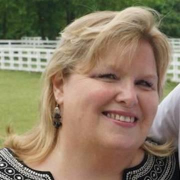 Nickie Lynn