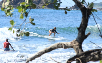 Endless Ride - Group Family & Friends Surf Package, Dominical - Costa Rica