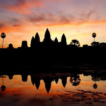 Yoga and Culture in Laos & Cambodia with Pete Guinosso