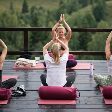 The restorative flow – Yoga Retreat