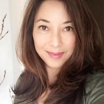 Lydia Hwang