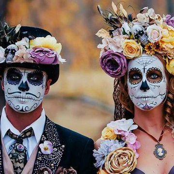 A Day of the Dead Wellness Retreat (beach bootcamps, sugar skull makeup and flower bands, tarot reading, yoga, Pilates, Mexican cooking class)