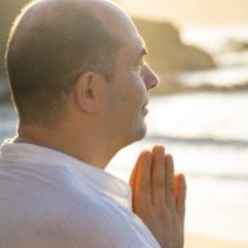 """<a href=""""https://hridaya-yoga-fr.secure.retreat.guru/teacher/sahajananda-2/"""">Sahajananda</a>"""