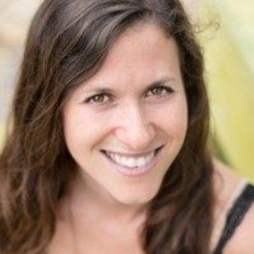 "<a href=""https://hridaya-yoga-fr.secure.retreat.guru/teacher/alison-bond/"">Alison Bond</a>"