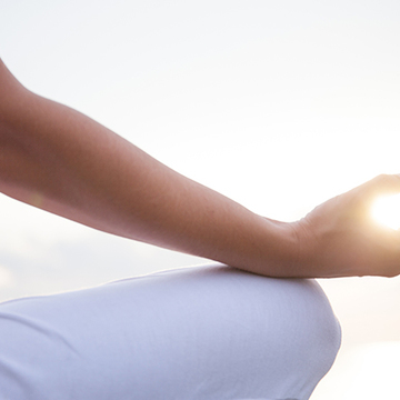 Hack Aging, Overhaul Your Digestion, Transform Your Mind, and Become Conscious with Ayurveda