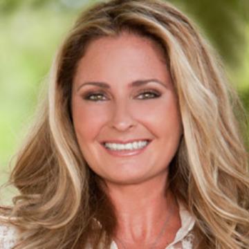 Jennifer Grace
