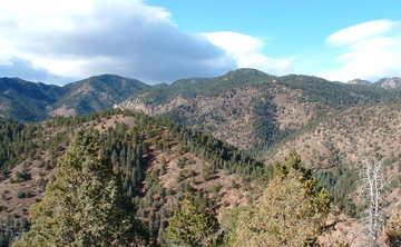 Park History Hike through Devil's Canyon