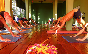 200-hour Yoga Teacher Training in Goa with Heather Elton and Emil Wendel