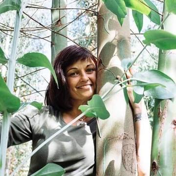 Safah Roberts - Facilitator, Integration Specialist, & Yoga Teacher