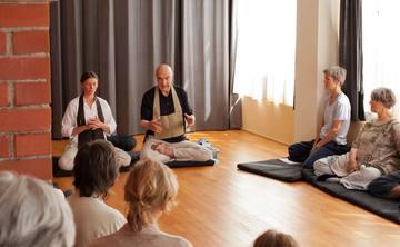 Mediation und Meditation, Mitgefühl verwirklichen